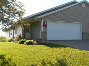 Photo of 1403 N HUME AVENUE, Marshfield, WI 54449 (MLS # 21808397)