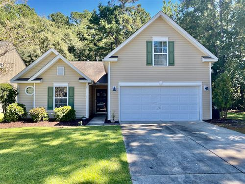 Photo of 239 Towering Pine Drive, Ladson, SC 29456 (MLS # 21026002)