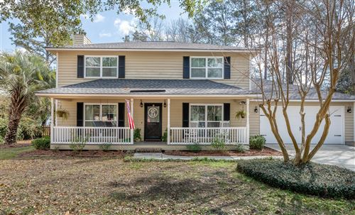 Photo of 1140 Windsome Place, Mount Pleasant, SC 29464 (MLS # 20007034)