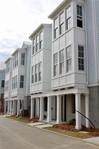 Photo of 23 Dereef Court, Charleston, SC 29403 (MLS # 19007035)
