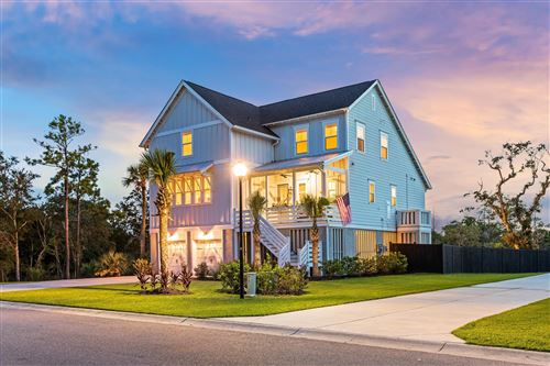 Photo of 1408 Stratton Place, Mount Pleasant, SC 29466 (MLS # 20024057)