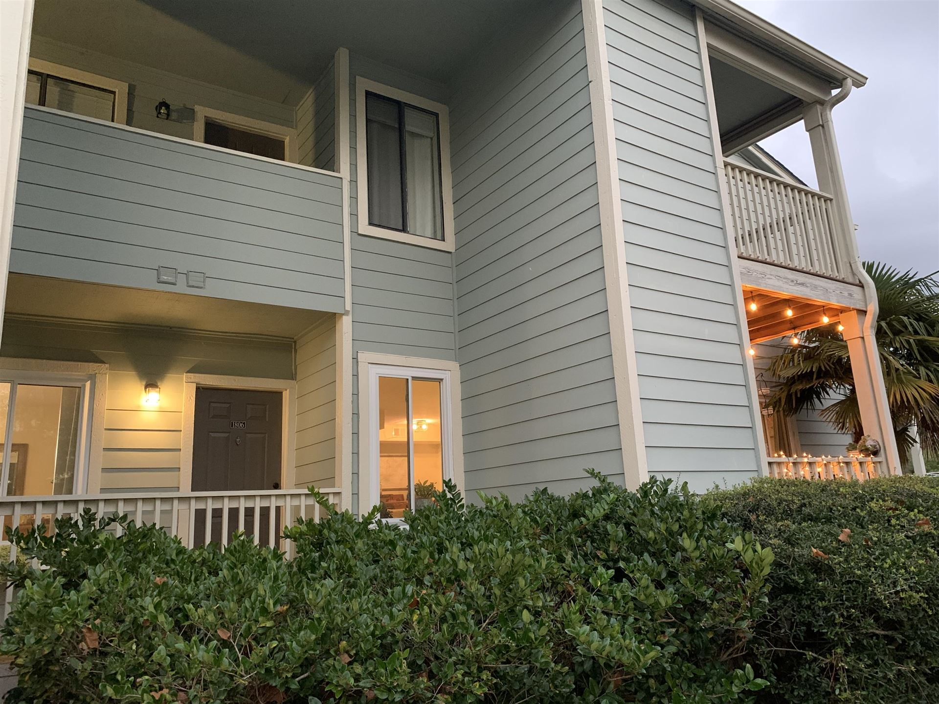 Photo of 1481 Center Street #1806, Mount Pleasant, SC 29464 (MLS # 20032059)
