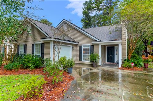 Photo of 395 Fern House Walk, Mount Pleasant, SC 29464 (MLS # 20031063)
