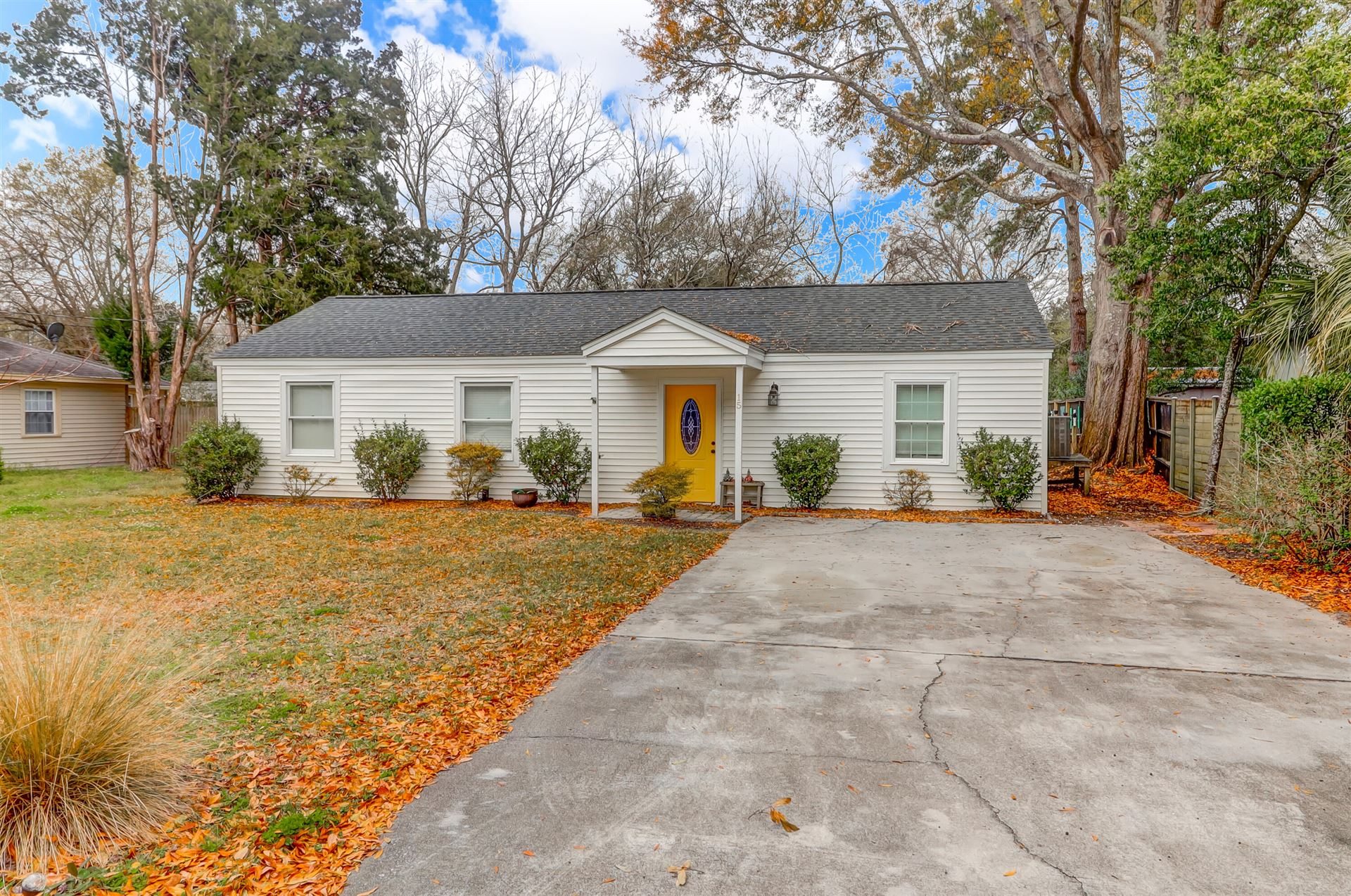 15 Joyce Avenue, Mount Pleasant, SC 29464 - #: 21007068