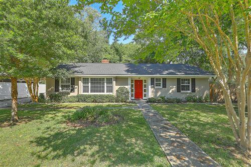 Photo of 4 Ashdale Drive, Charleston, SC 29407 (MLS # 21013088)