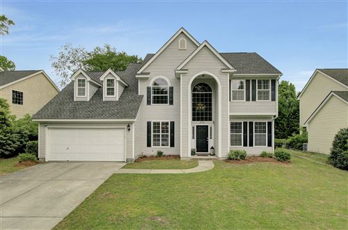 Photo of 335 Old South Way, Mount Pleasant, SC 29464 (MLS # 21010095)