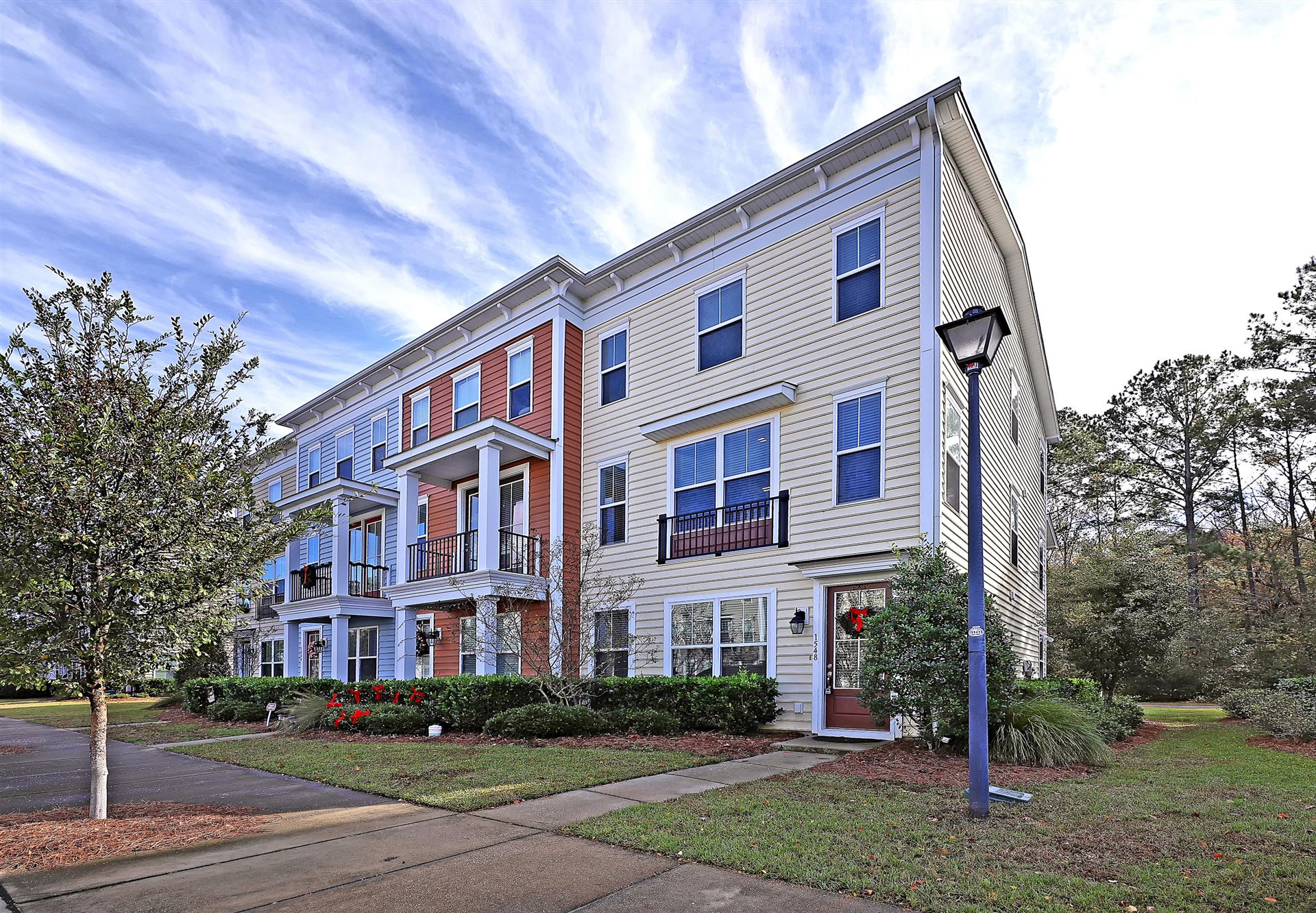 Photo of 1548 Bluewater Way, Charleston, SC 29414 (MLS # 20032099)