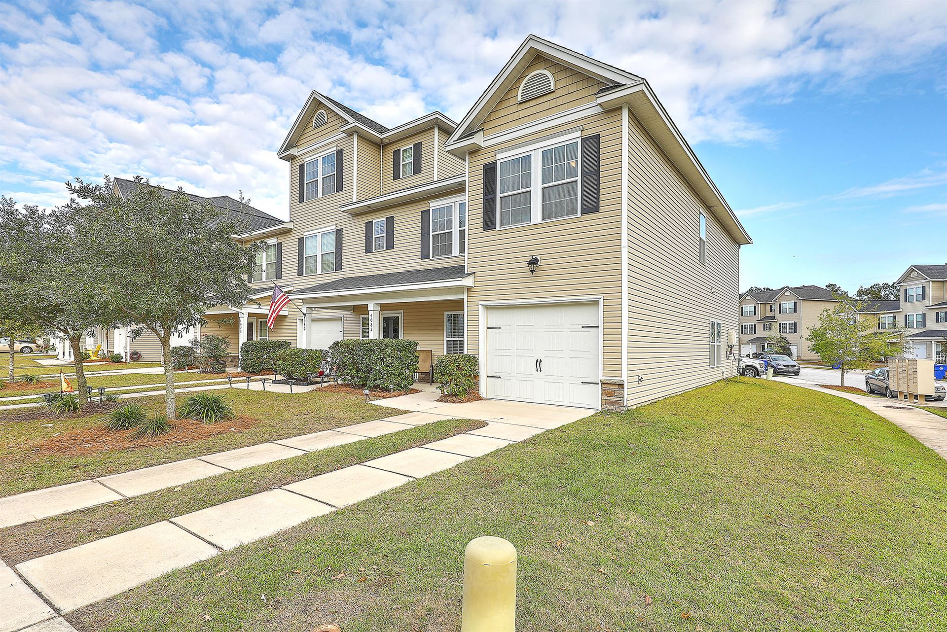 Photo of 4082 Hartland Street, Charleston, SC 29414 (MLS # 20032104)