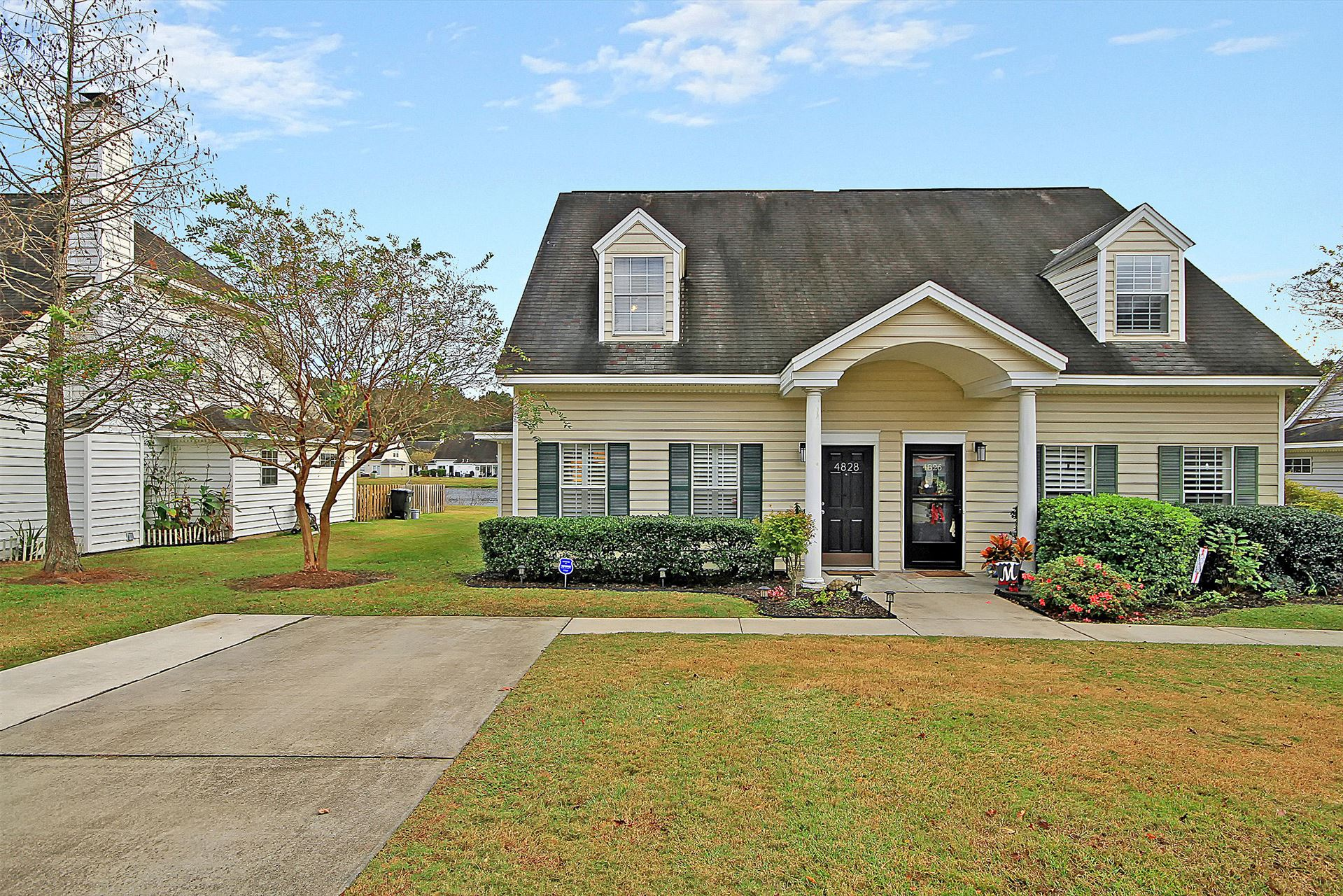 Photo of 4828 Habersham Lane, Summerville, SC 29485 (MLS # 20032108)