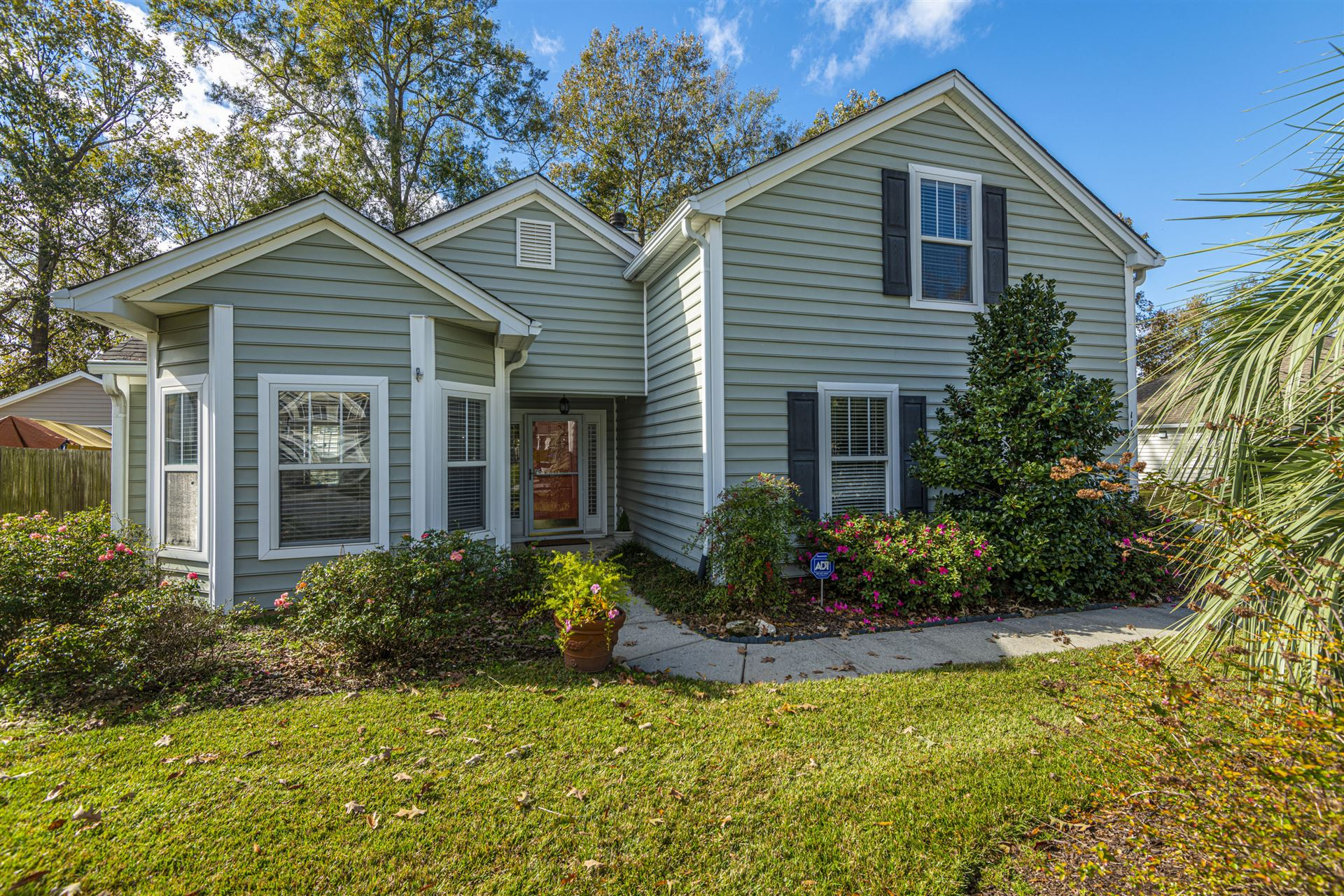 Photo of 113 Irish Oak Drive, Goose Creek, SC 29445 (MLS # 20032112)
