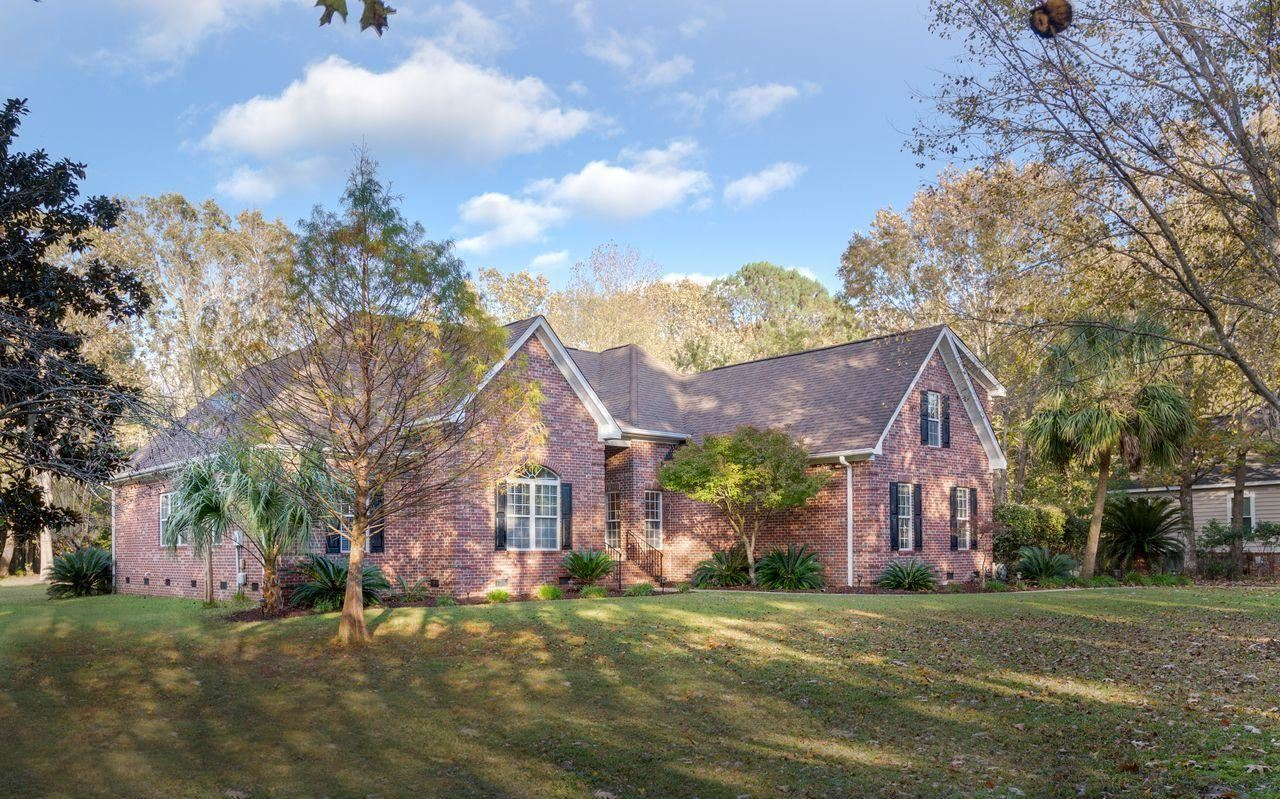 Photo of 3708 Colonel Vanderhorst Circle, Mount Pleasant, SC 29466 (MLS # 20032126)