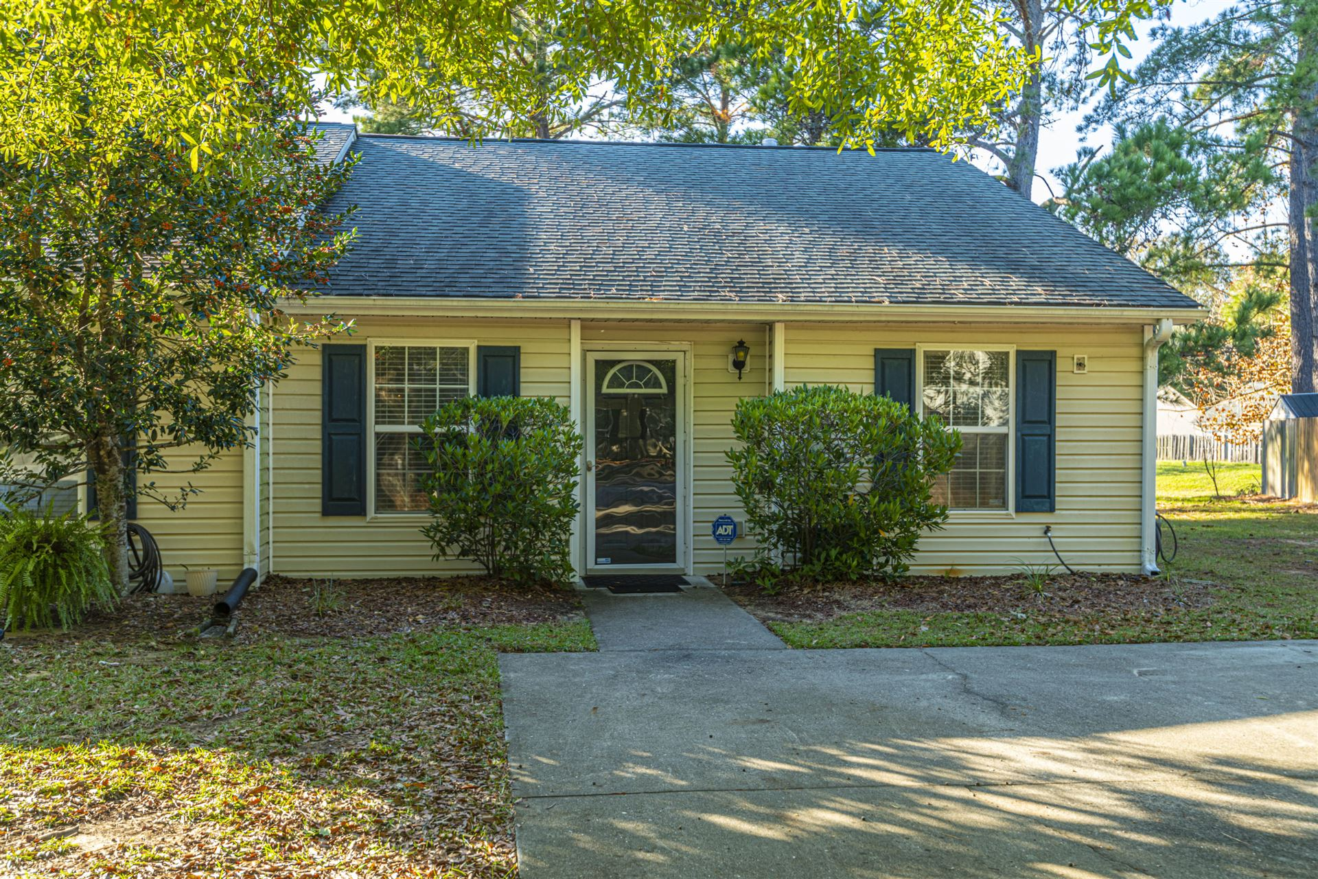 Photo of 1507 Blaze Lane, Charleston, SC 29412 (MLS # 20032135)