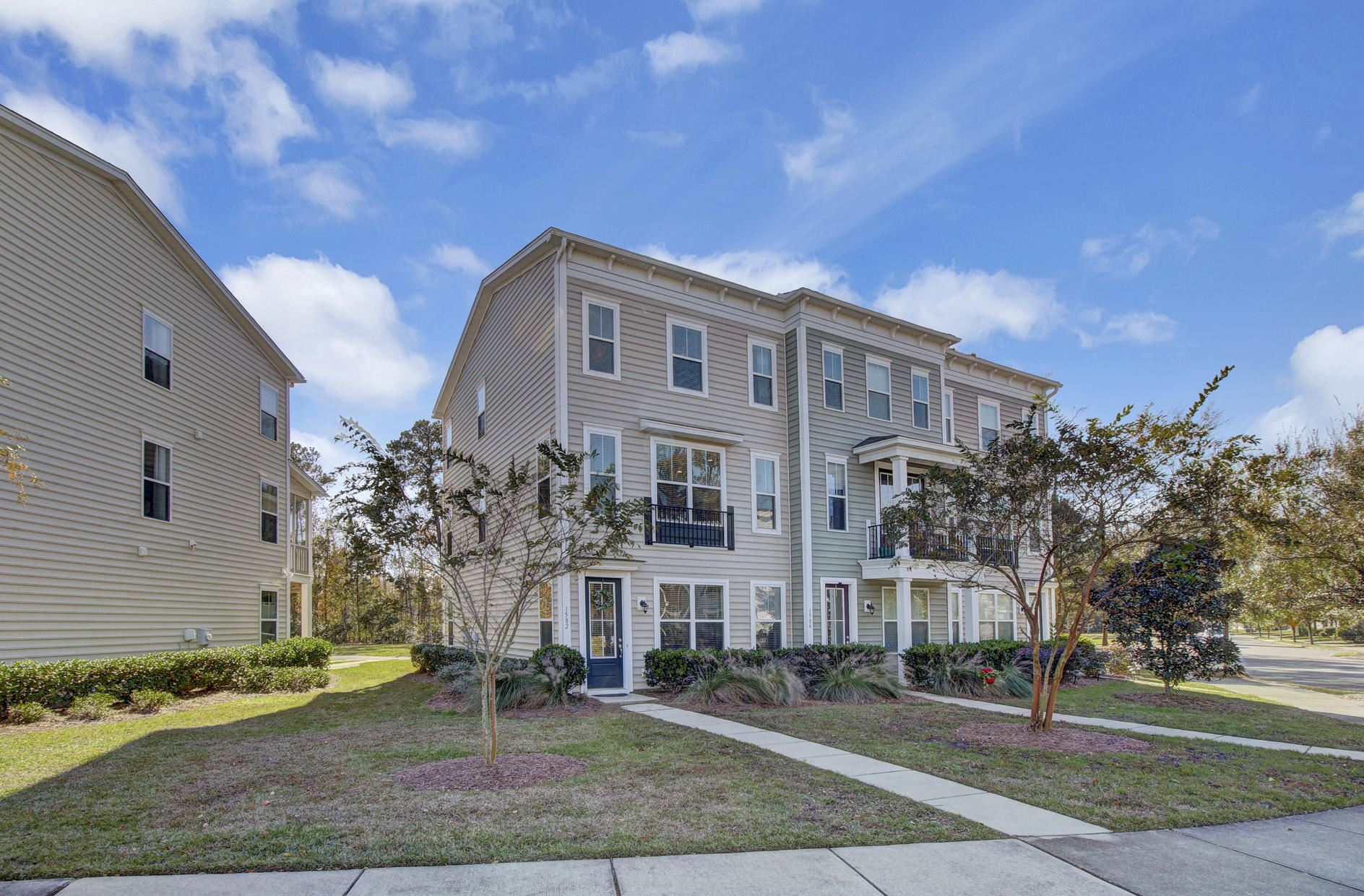 Photo of 1582 Bluewater Way, Charleston, SC 29414 (MLS # 20032149)