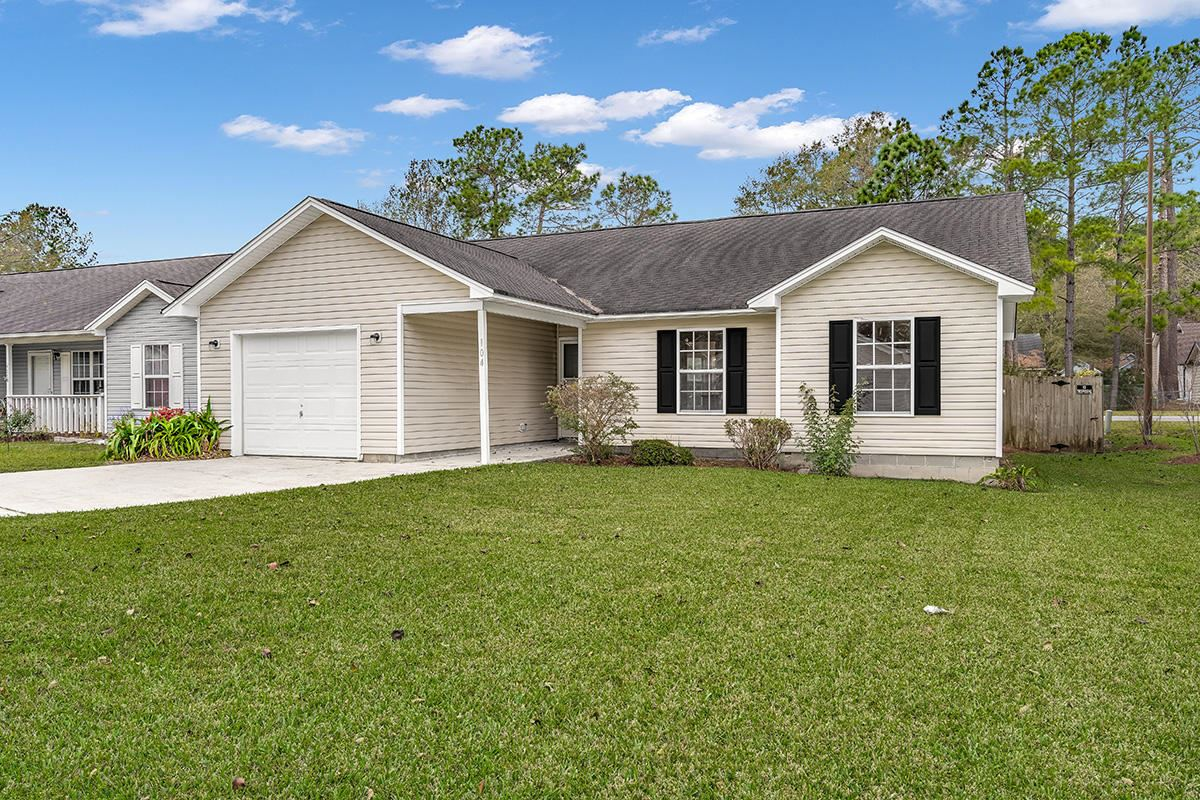 Photo of 104 Wisteria Court, Summerville, SC 29486 (MLS # 20032159)