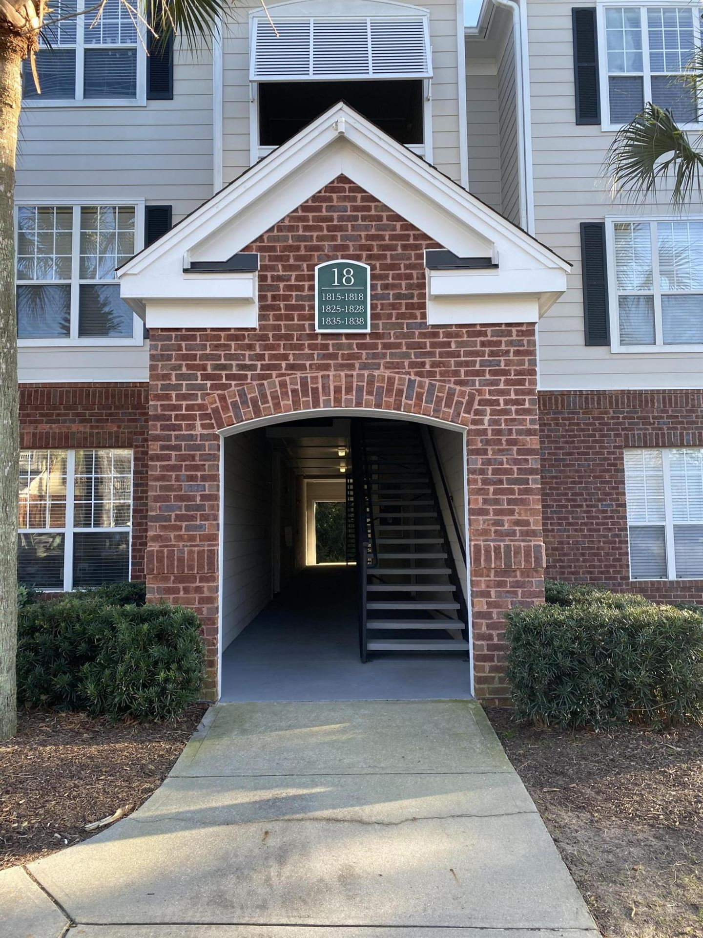 Photo of 45 Sycamore Avenue #1818, Charleston, SC 29407 (MLS # 21002165)