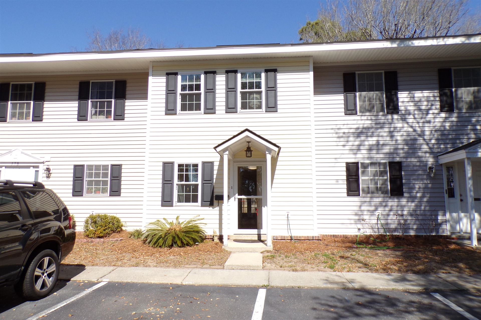 Photo of 180 Heritage Circle #L-8, Mount Pleasant, SC 29464 (MLS # 21005173)