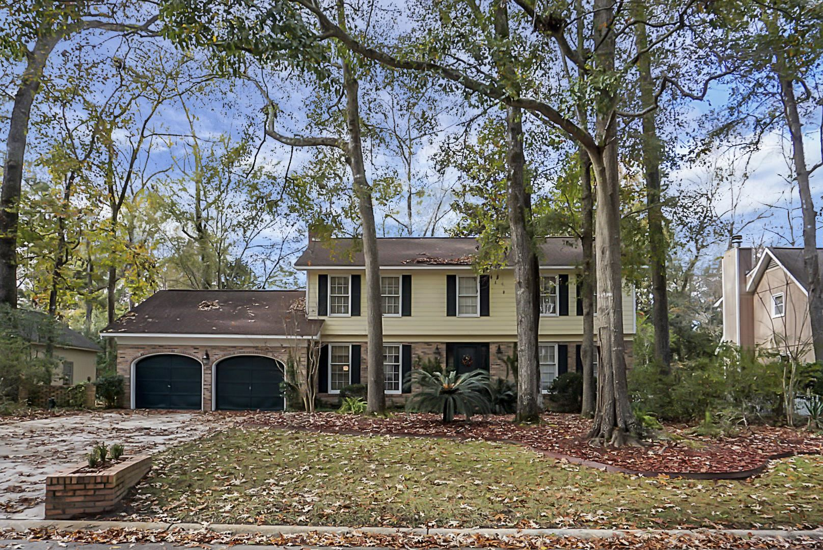 Photo of 204 Nantucket Drive, Summerville, SC 29485 (MLS # 20032174)