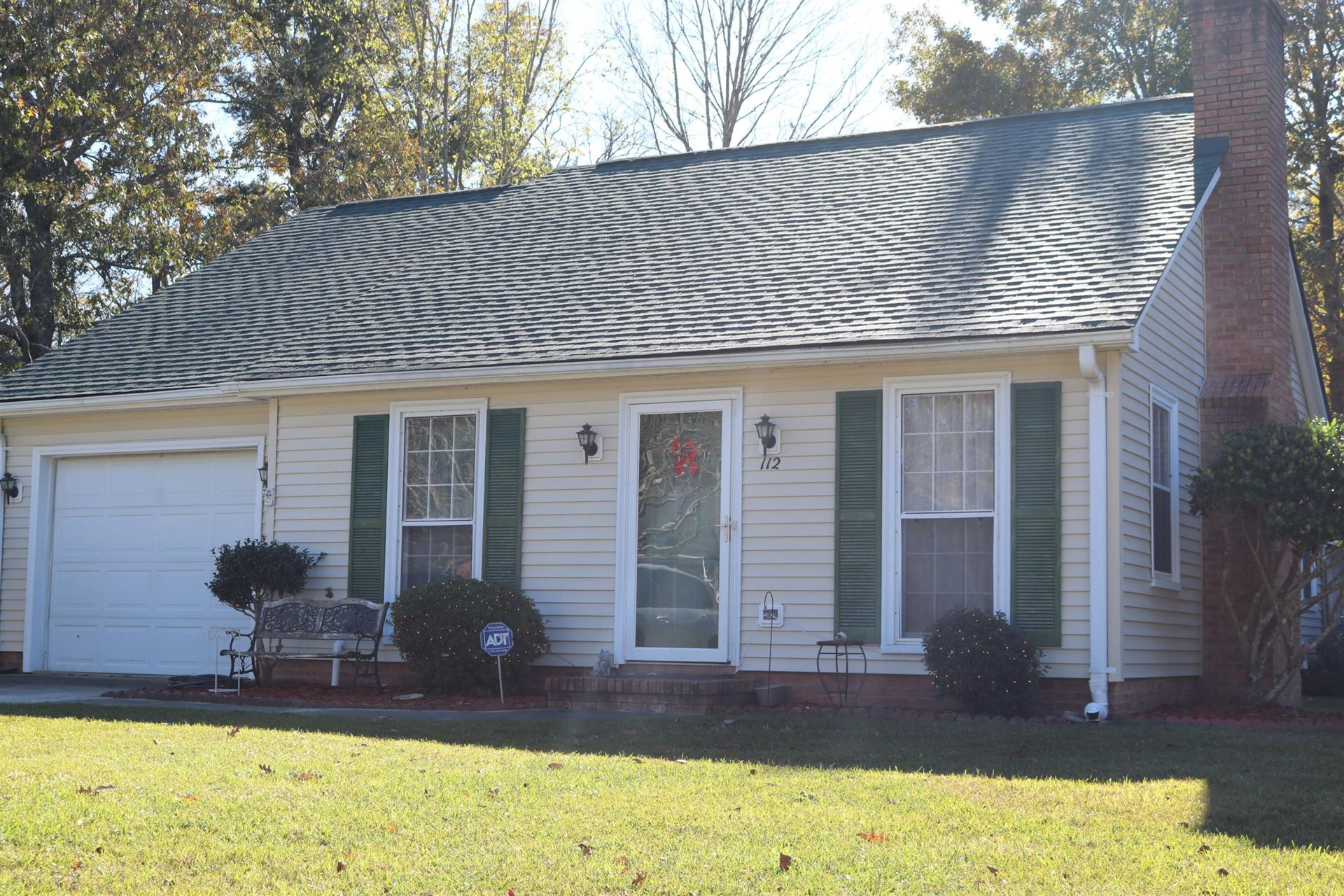 Photo of 112 Hamlet Road, Summerville, SC 29483 (MLS # 20032185)