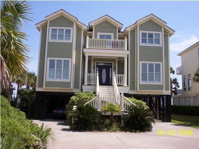 Photo of 702 Ocean Boulevard, Isle of Palms, SC 29451 (MLS # 20032186)