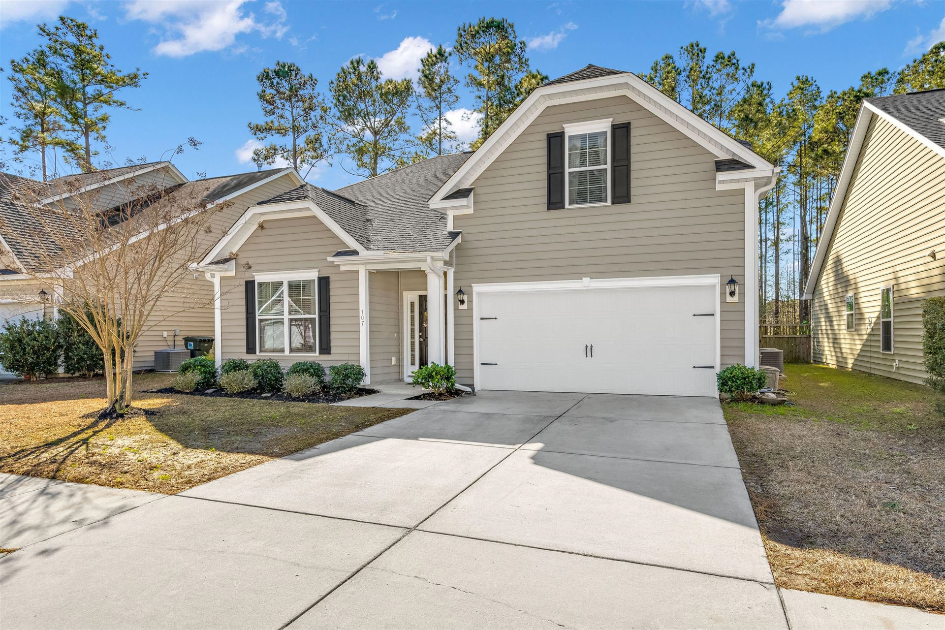 Photo of 107 Springbank Court, Moncks Corner, SC 29461 (MLS # 21002190)