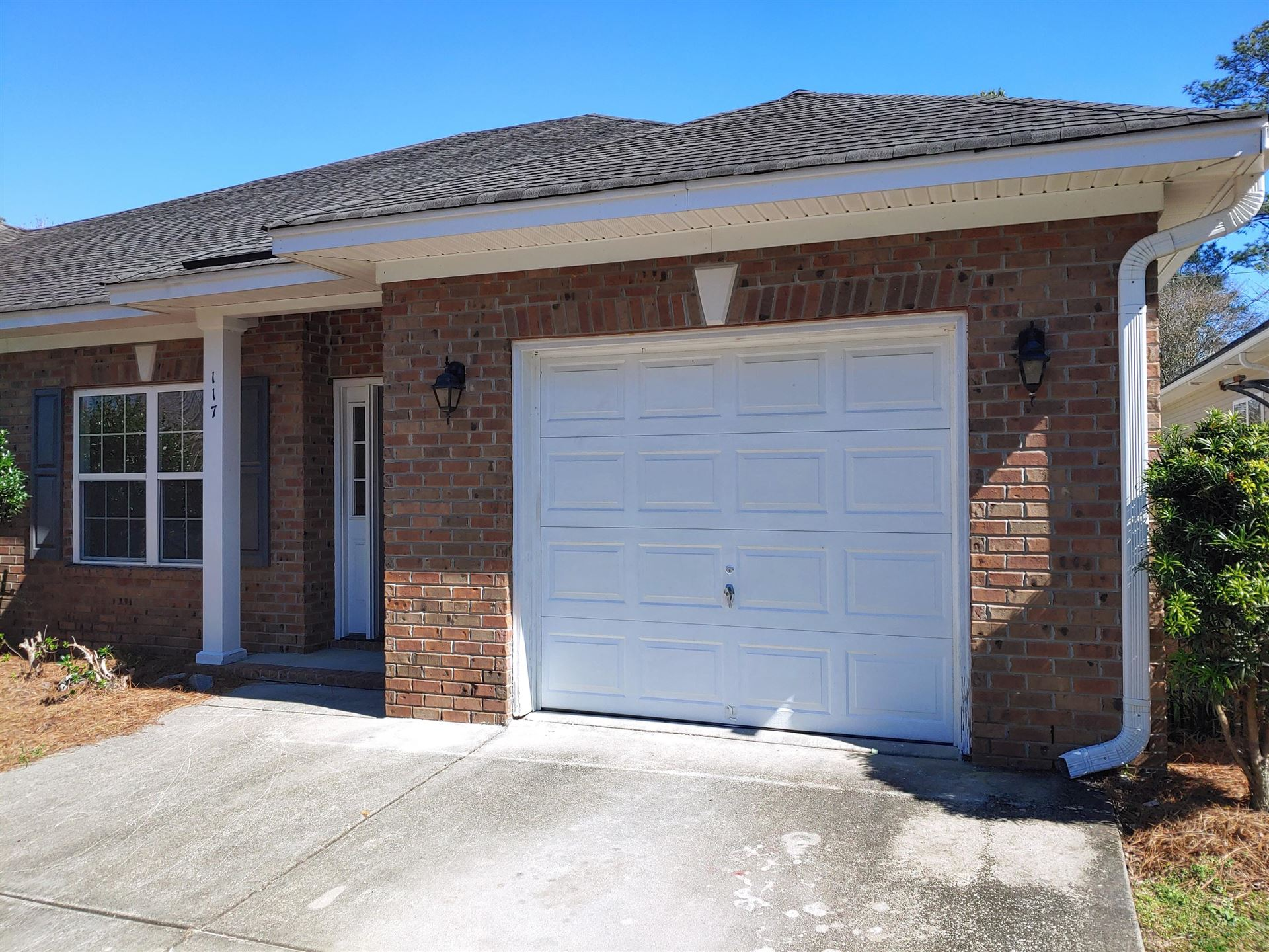 Photo of 117 Manning Court, Summerville, SC 29485 (MLS # 21005200)