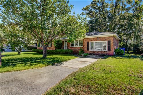 Photo of 4 William Street, Mount Pleasant, SC 29464 (MLS # 20028222)