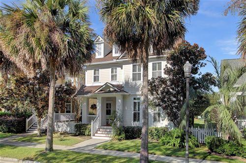 Photo of 168 Etiwan Park Street, Charleston, SC 29492 (MLS # 21026229)