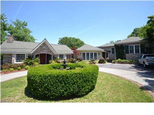 Photo of 120 E Edgewater Drive, Charleston, SC 29407 (MLS # 16005247)