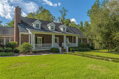 Photo of 101 Spring House Road, Summerville, SC 29483 (MLS # 20012267)