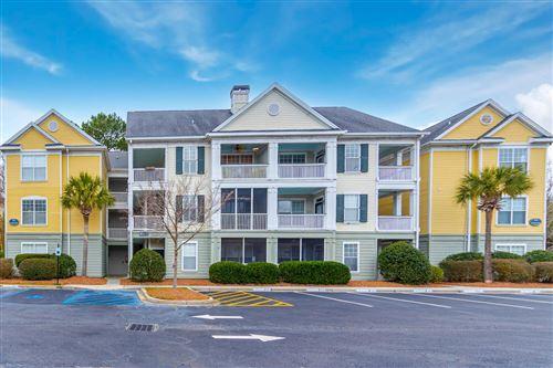 Photo of 130 River Landing Drive #10304, Charleston, SC 29492 (MLS # 21001278)