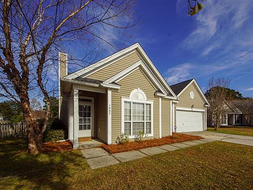 Photo of 1537 Sweet Myrtle Circle, Mount Pleasant, SC 29466 (MLS # 19034302)