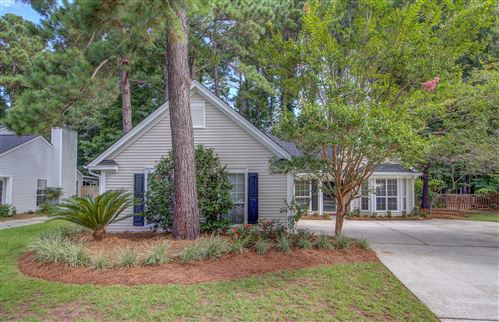 Photo of 578 Pritchards Point Drive, Mount Pleasant, SC 29464 (MLS # 20019306)