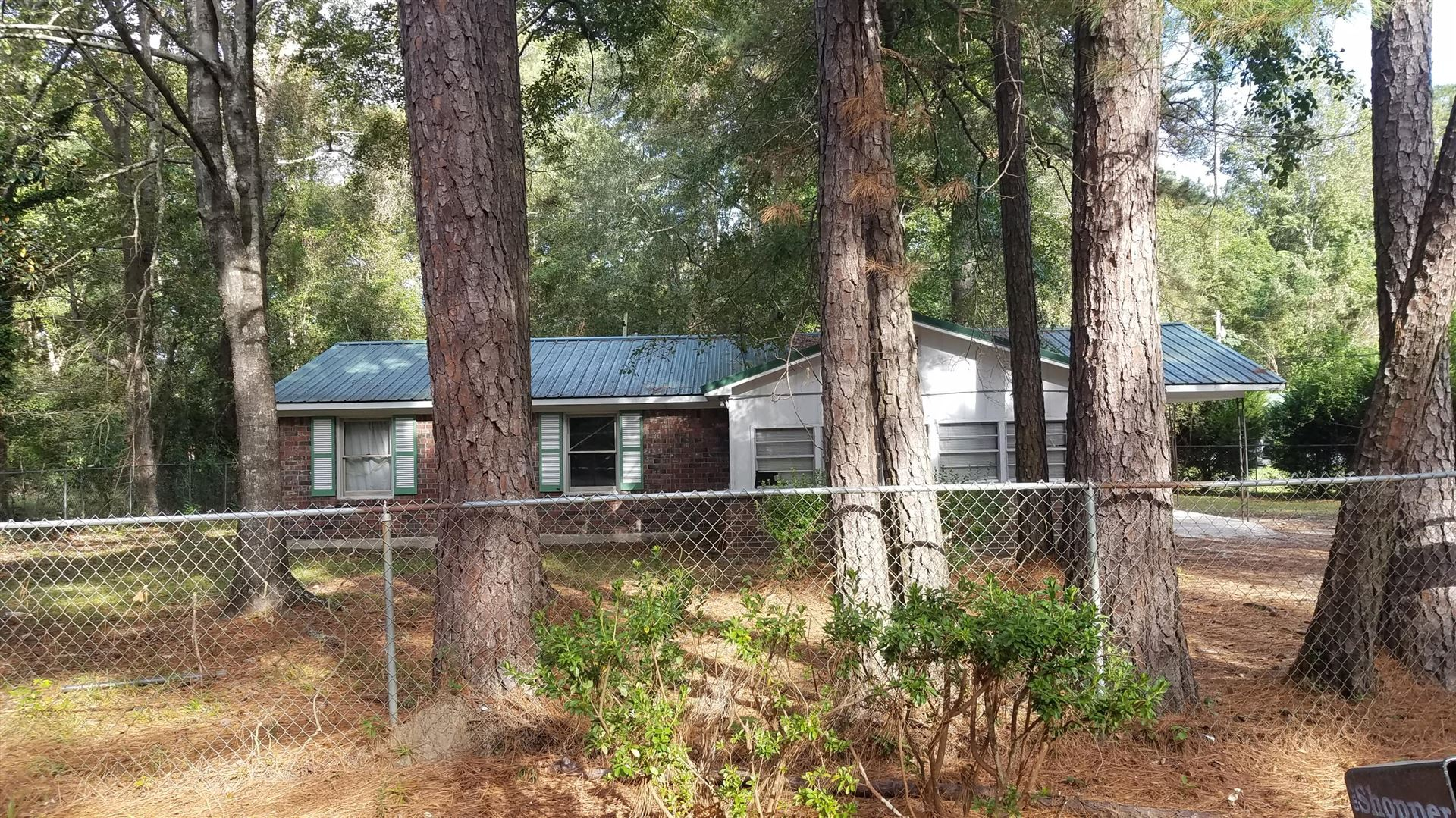 Photo of 209 Gadsden Loop, Walterboro, SC 29488 (MLS # 20029310)