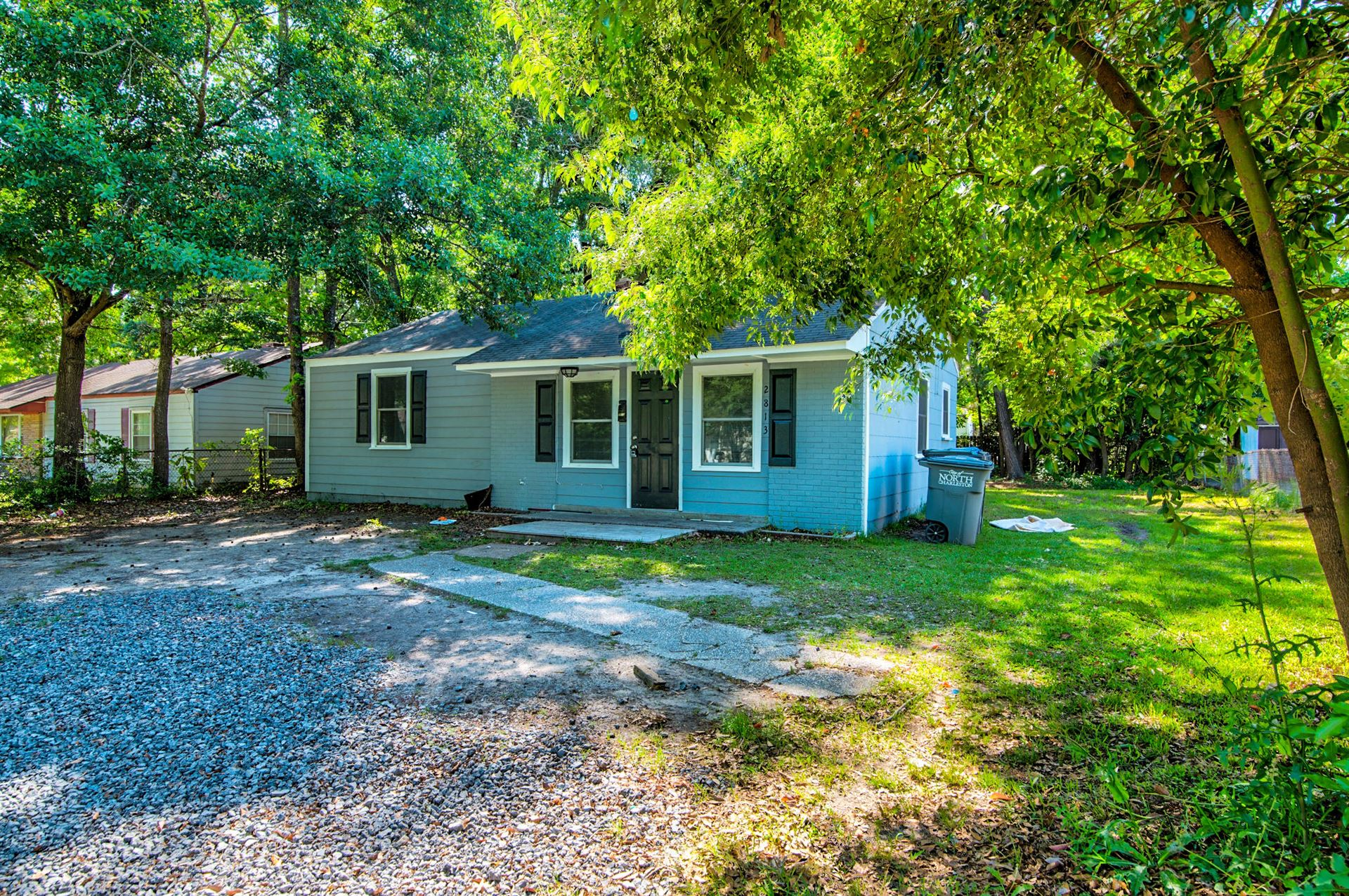 Photo of 2813 Louise Drive, North Charleston, SC 29405 (MLS # 21012318)