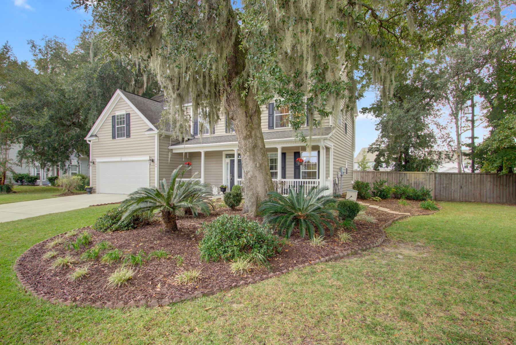 Photo of 104 Sherry Court, Summerville, SC 29485 (MLS # 20029328)