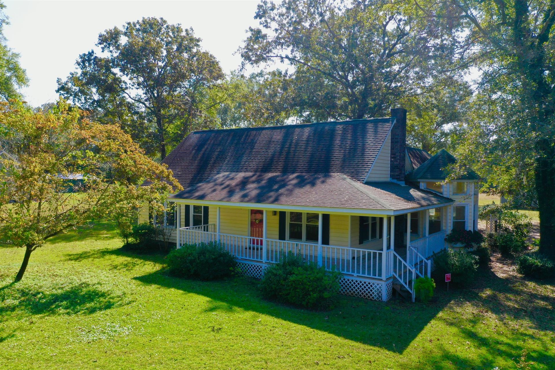 Photo of 5533 County Line Road, Ravenel, SC 29470 (MLS # 20029335)