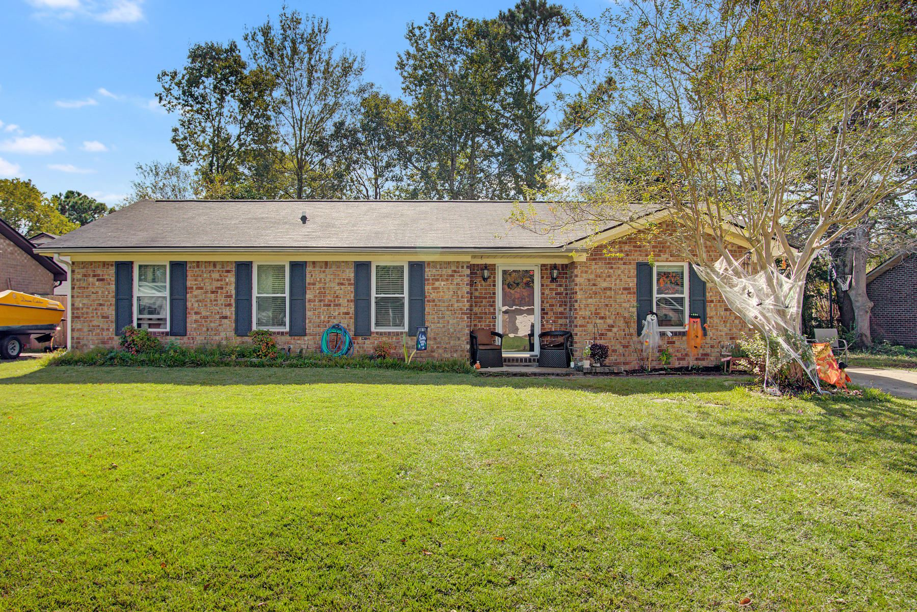 Photo of 507 Bayshore Boulevard, Goose Creek, SC 29445 (MLS # 20029339)