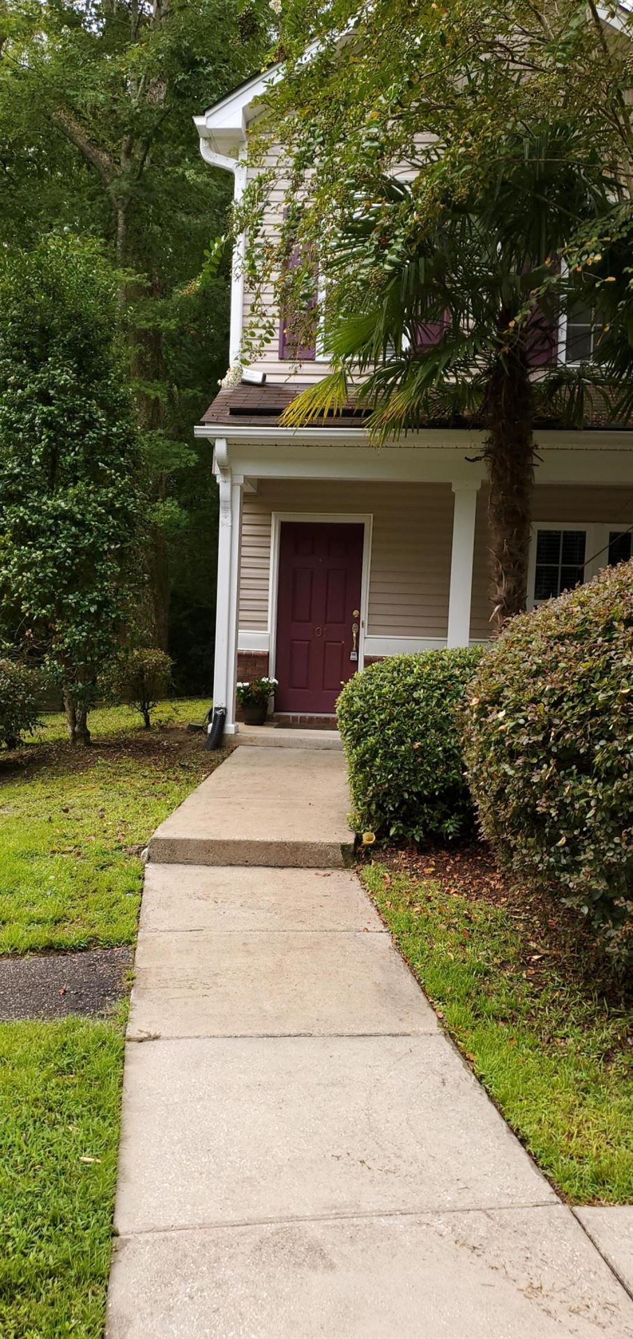 Photo of 101 Twin Tree Drive, Summerville, SC 29485 (MLS # 20029343)
