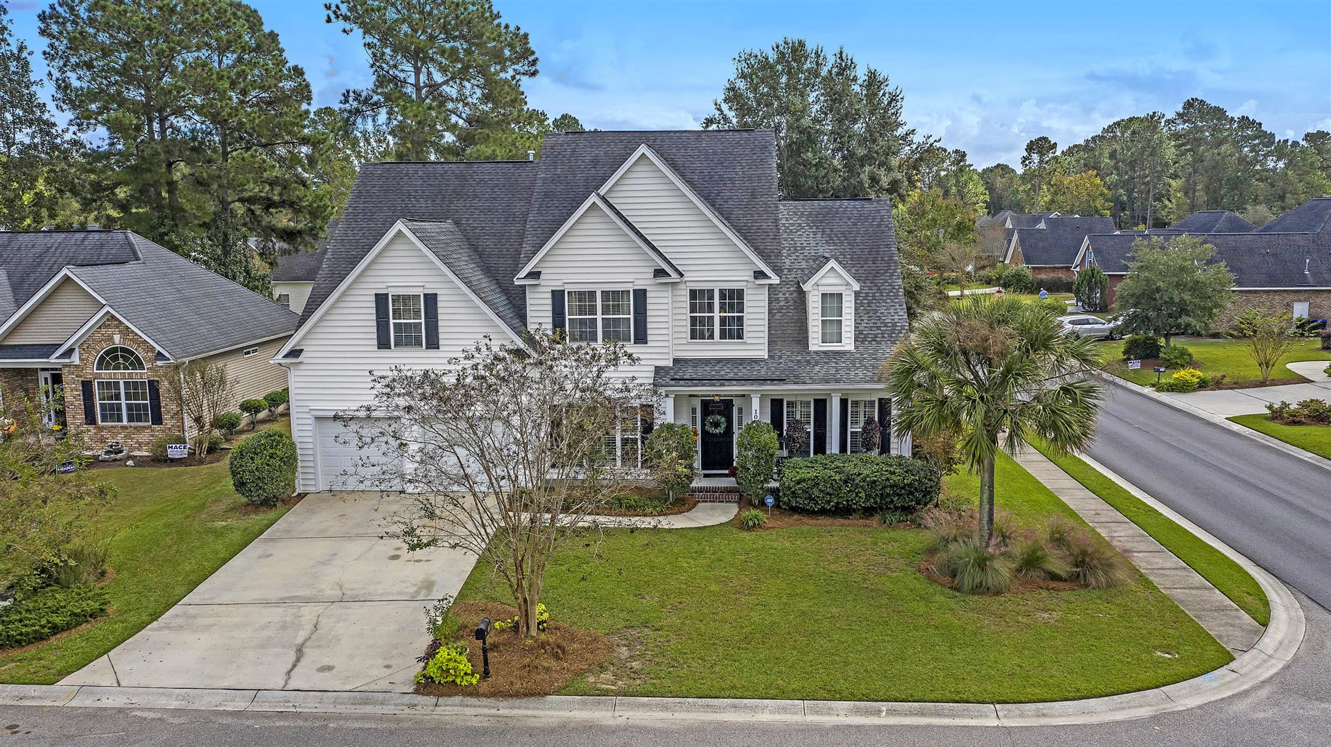 Photo of 100 Stonewall Court, Summerville, SC 29483 (MLS # 20029346)