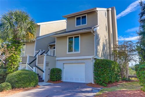 Photo of 10 Linkside Court, Isle of Palms, SC 29451 (MLS # 20029409)
