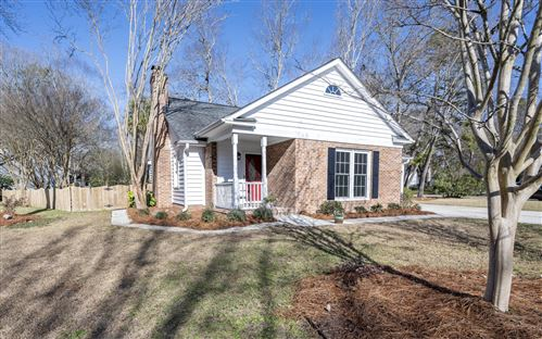 Photo of 101 New Spring Court, Summerville, SC 29485 (MLS # 21001471)
