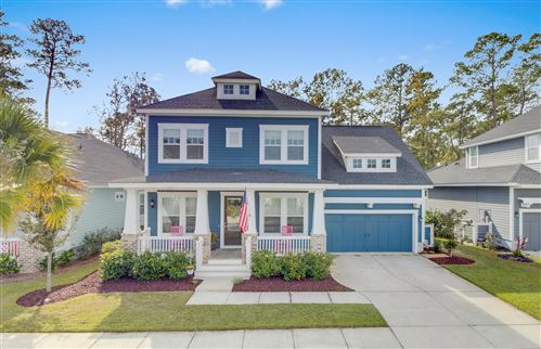 Photo of 3691 Spindrift Drive, Mount Pleasant, SC 29466 (MLS # 19031504)