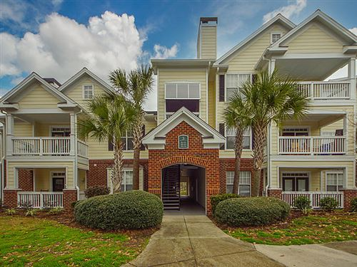 Photo of 45 Sycamore Avenue #312, Charleston, SC 29407 (MLS # 21001508)