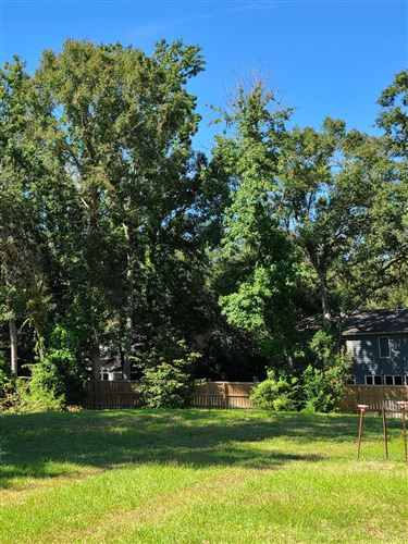 Photo of 1218 Clonmel Place, Mount Pleasant, SC 29464 (MLS # 21001518)