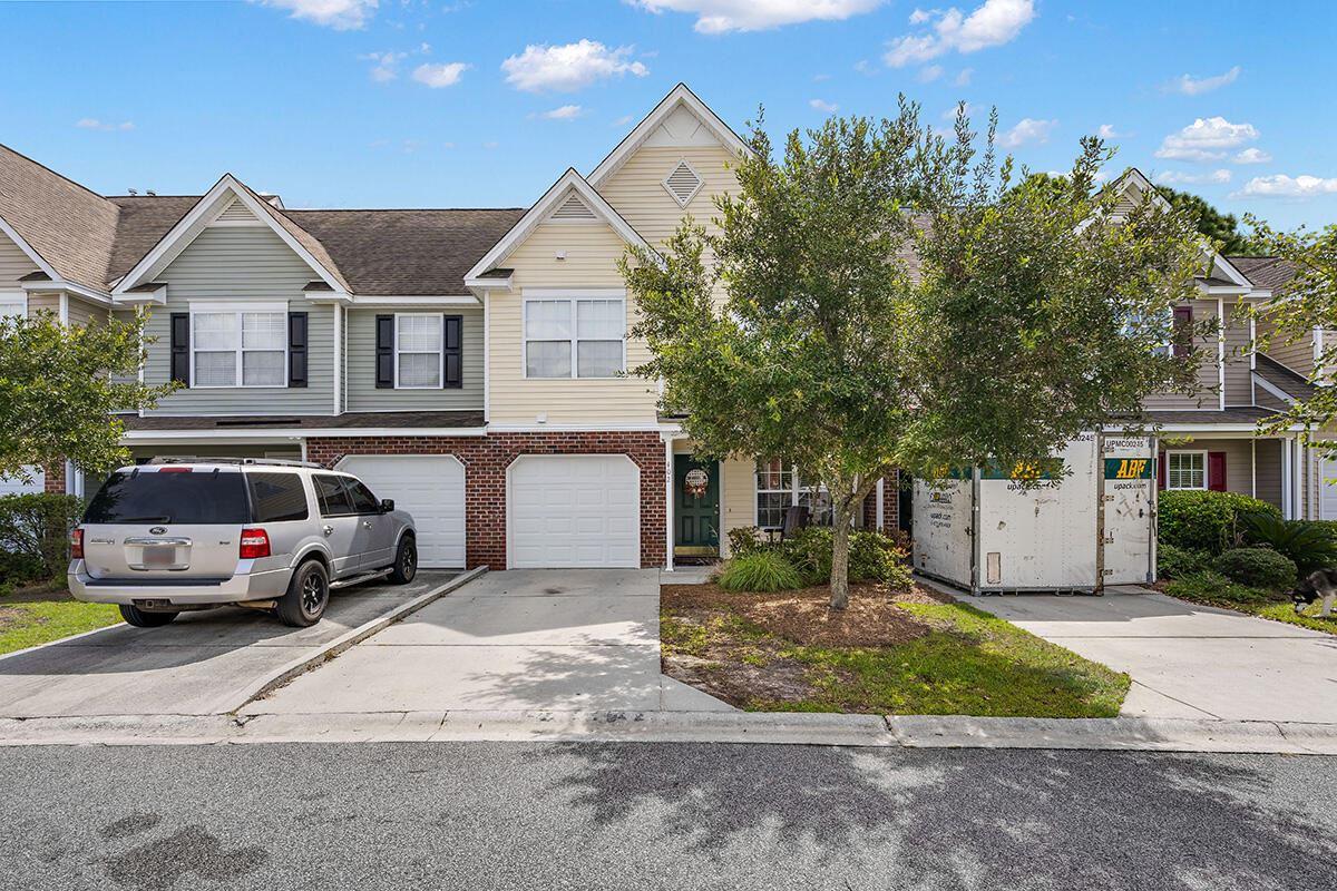 Photo of 402 Poplar Grove Place, Summerville, SC 29483 (MLS # 21025541)