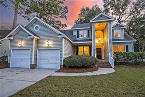 Photo of 3103 Linksland Road, Mount Pleasant, SC 29466 (MLS # 19029543)