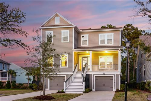 Photo of 1606 Fort Palmetto Circle Circle, Mount Pleasant, SC 29466 (MLS # 20031573)