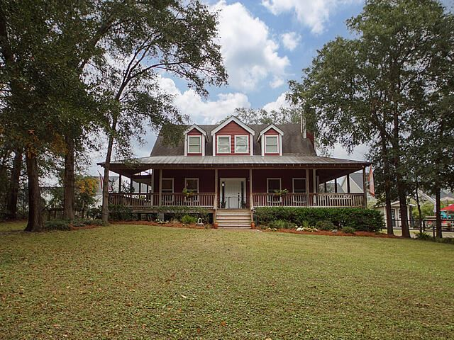 Photo of 436 Yellow House Place, Wando, SC 29492 (MLS # 21028592)