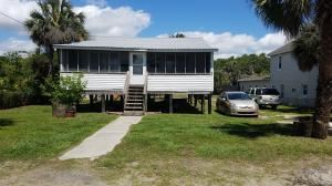Photo of 206 E Arctic, Folly Beach, SC 29439 (MLS # 17012633)