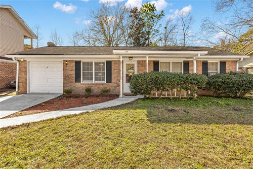 Photo of 126 Dorchester Manor Boulevard, North Charleston, SC 29420 (MLS # 21001636)